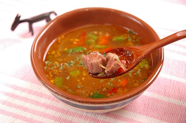 馬肉のメキシカンスープ